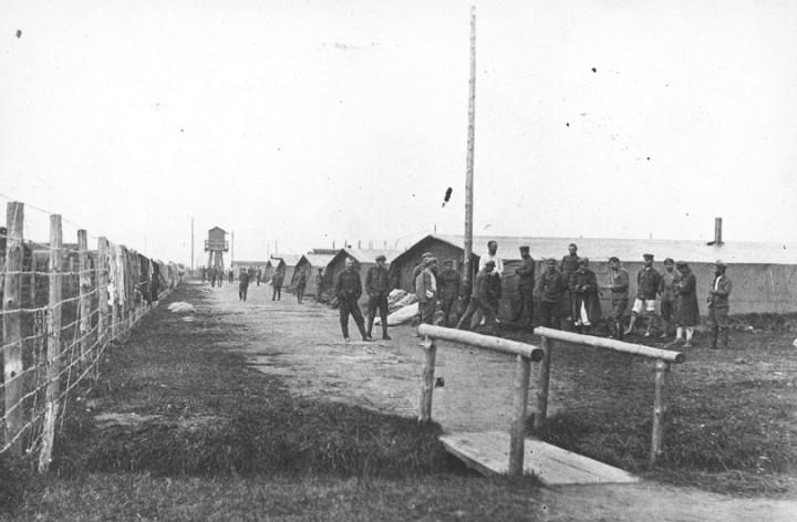 1 Obozowe baraki