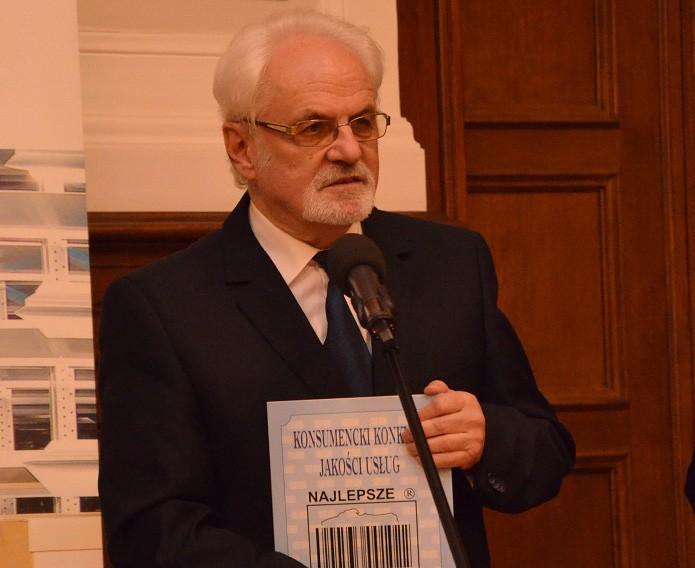 Dr Andrzej Szymański