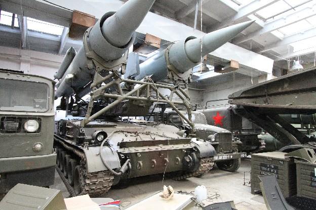 Wyrzutnia przeciwlotniczego zestawu rakietowego 2K11 Krug